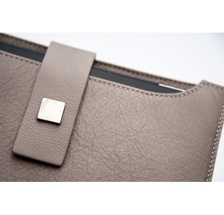 GENOVA leather case